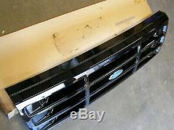 NOS OEM Ford 1992 1996 F150 Truck Grille 1993 1994 1995 Lightning SVT Black